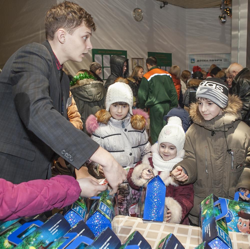 В Ледовом дворце Одинцово прошла благотворительная елка главы района
