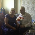Полицейские Одинцово поздравили ветерана с юбилеем